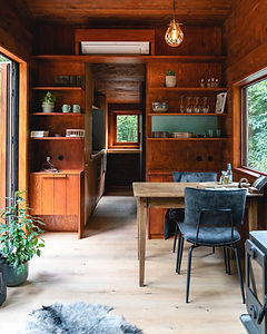 Unplugged-Gent-The-Global-Wizards-Tiny-House-25KLEINER.jpg