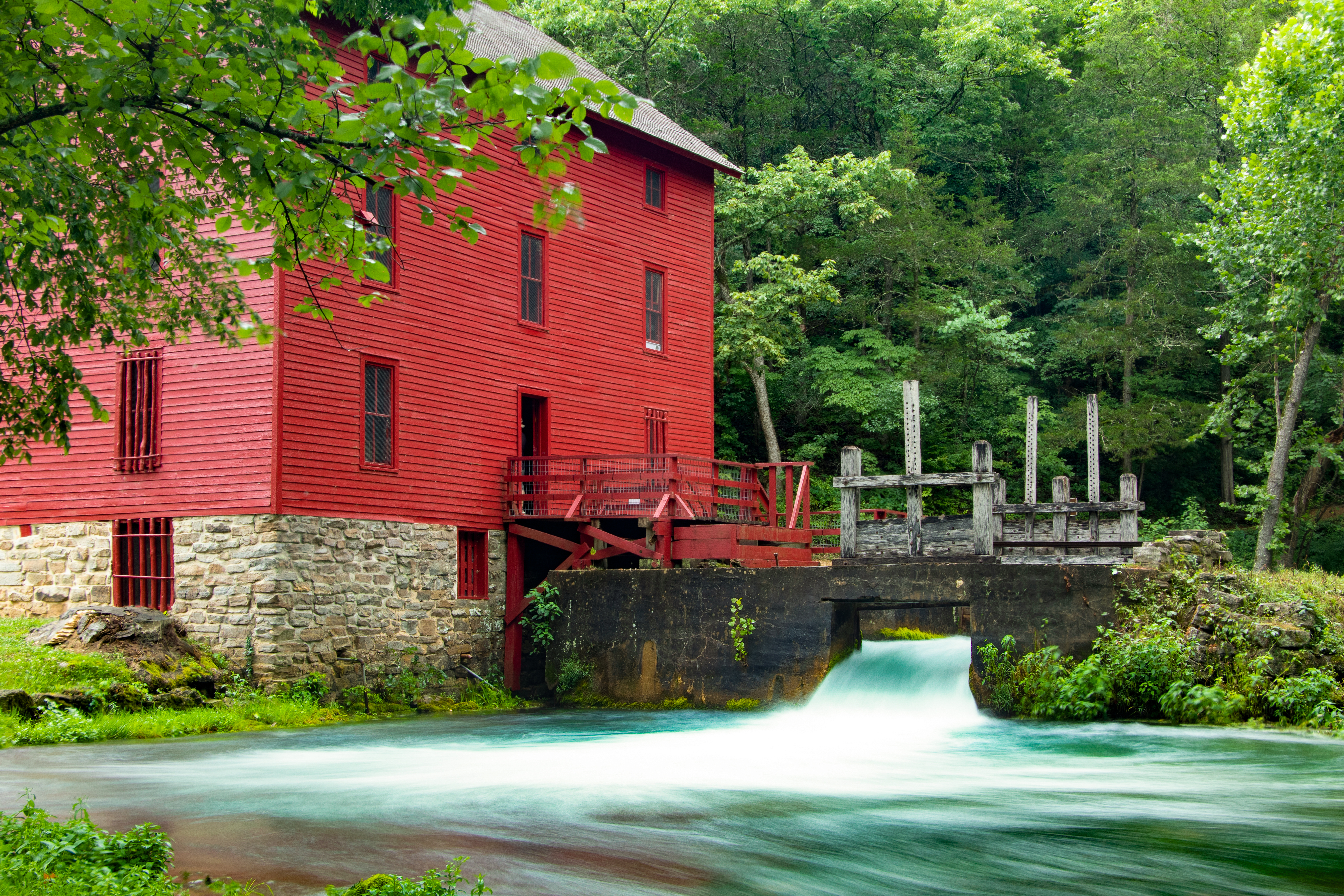Mill at Alley Spring