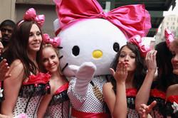 Candy girls blow kiss