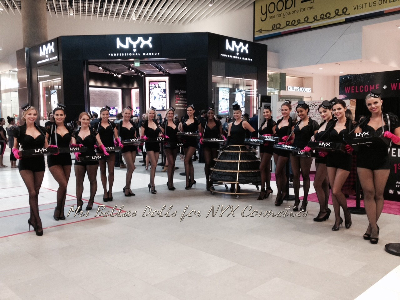 Candy Girls & Strolling Skirt