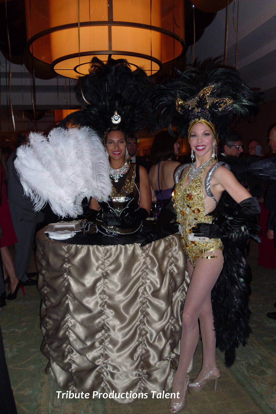 Las Vegas Showgirls Table