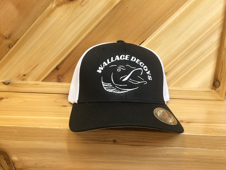 Black/White mesh flex fit logo hat