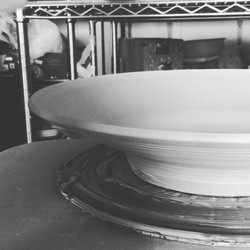 The question of how I alter the rim on my pasta plates for _pigandthelady came up so I thought I'd s