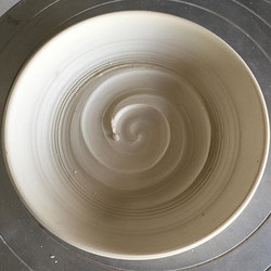 Check out the perfect barrel in this plate!!! #wave #waves #gosurf #kuhnspottery #pottery #potter #c