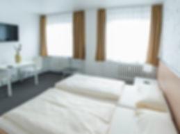 Doppelzimmer_a-min.jpg
