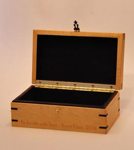 Maple & Wenge Box