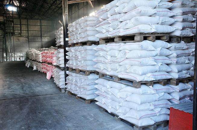 finished-goods-warehouse-17821409.jpg