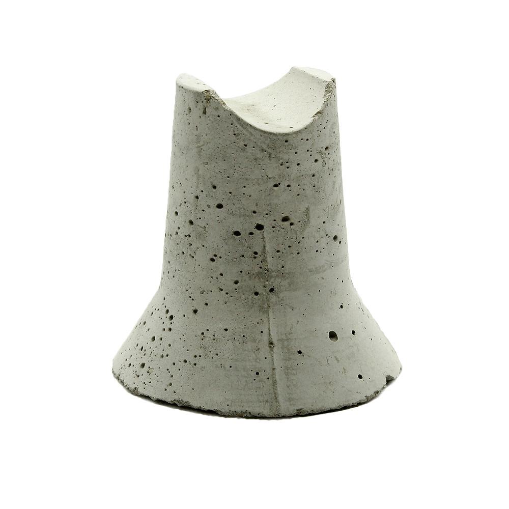бетонный фиксатор пирамида опорная