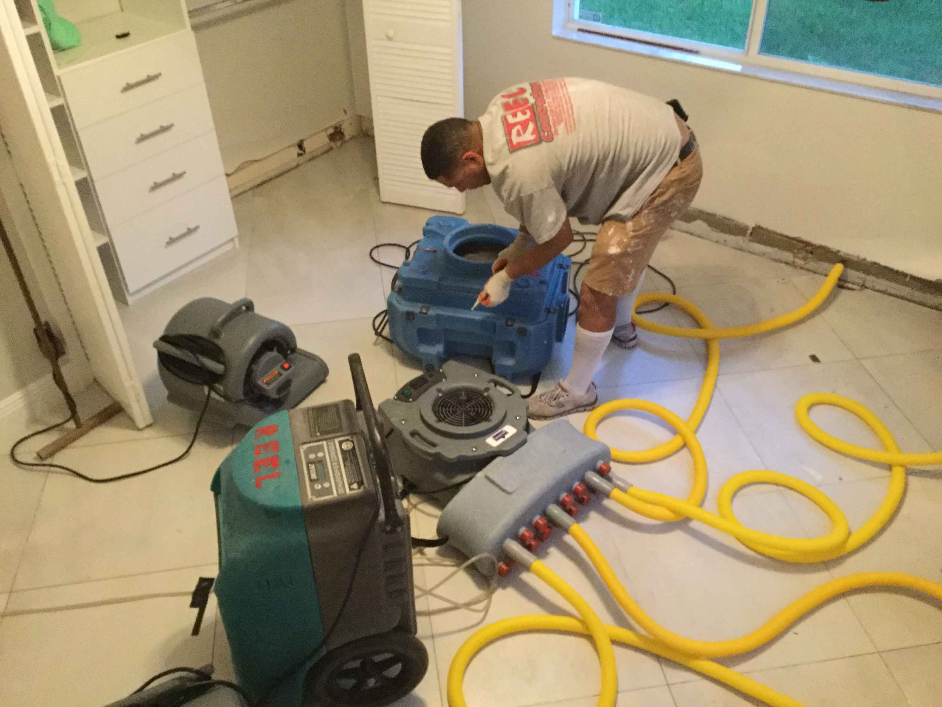 Reel-Contractors-Water-Damage-Residential-Pembroke-Pines-Fl-Company