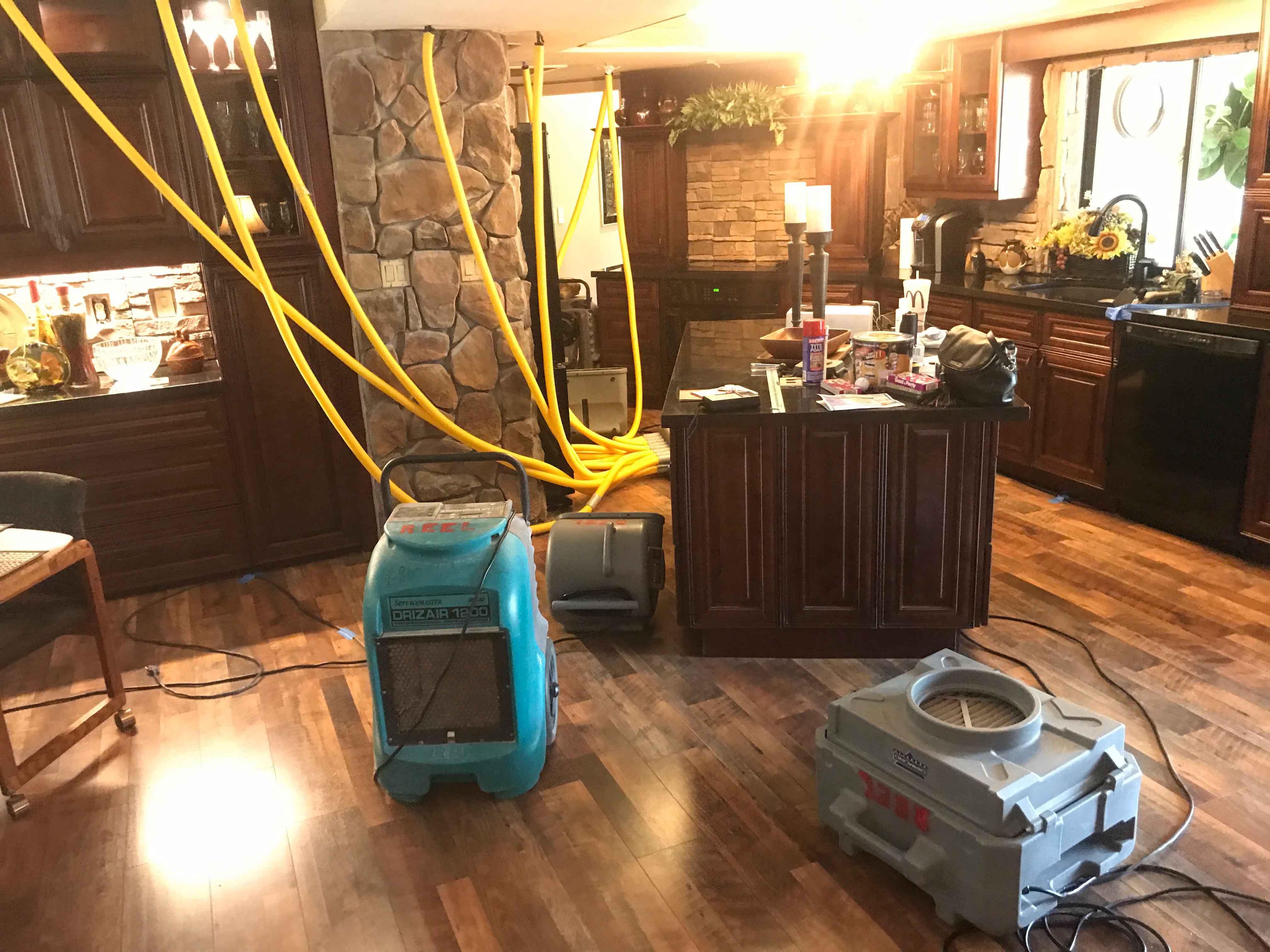 Reel-Contractors-Water-Damage-Machines-Humidity-Ventilation-Pembroke-Pines-Fl-Company