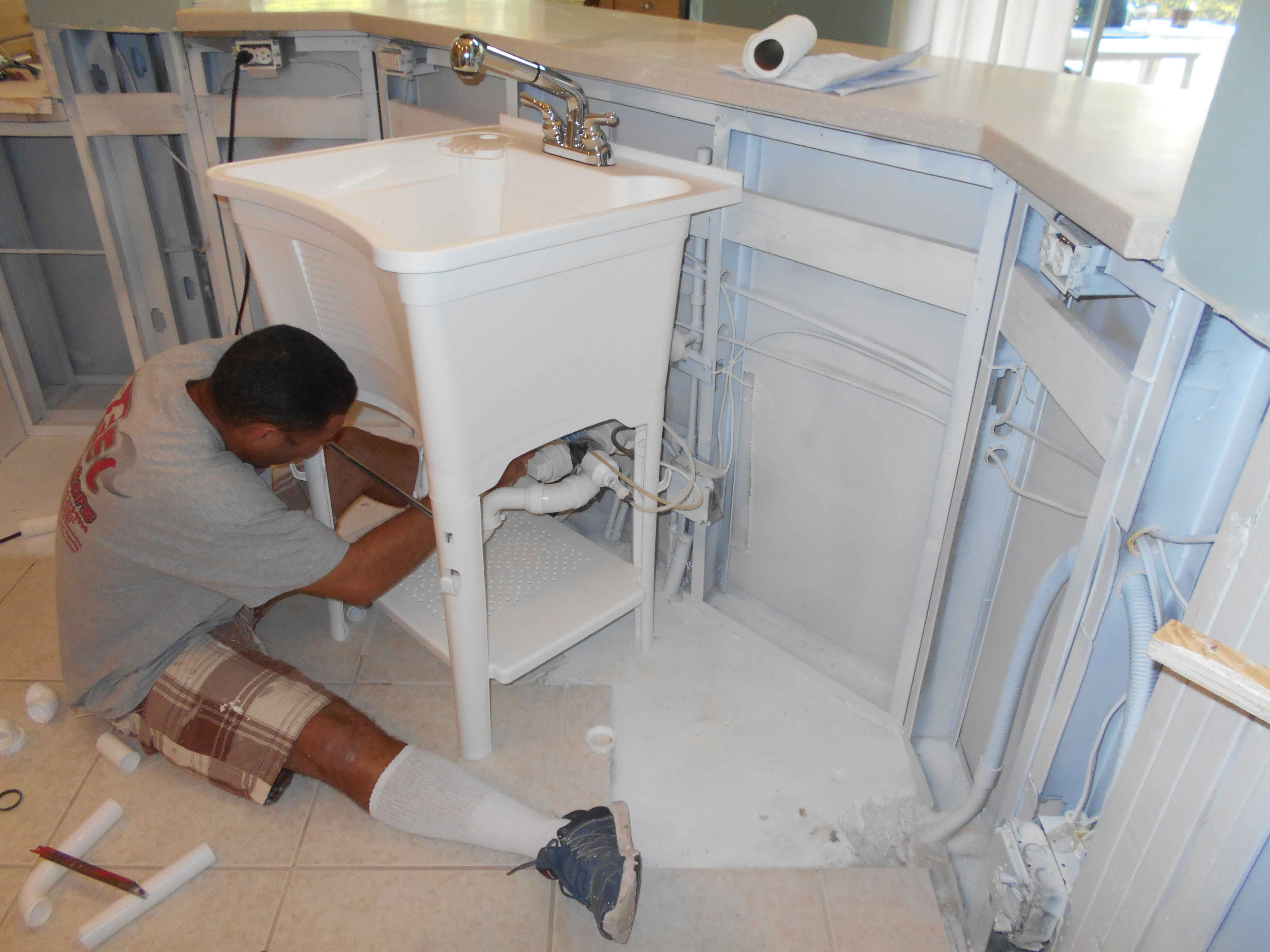 Reel-Contractors-Kitchen-Sink-Instalation-Experts-Reconstruction-Pembroke-Pines-Fl-Comapny