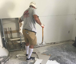 Reel-Contractors-Wall-Demolition-experts-Mold-Damage-Commercial-Pembroke-Pines-Fl-Company