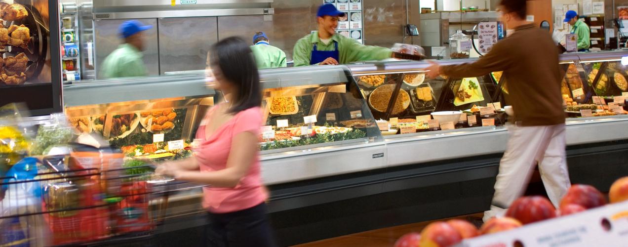 HMR-case-line-in-supermarket-deli