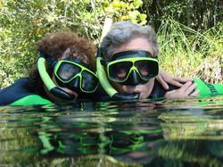 האזור המוצף הגדול בעולם. שמורות טבע בברזיל ונהרות צלולים ששוחים בהם לצד דגים