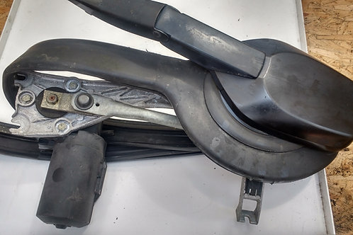 MERCEDES W124 WINDSCREEN WIPER MOTOR AND LINKAGE