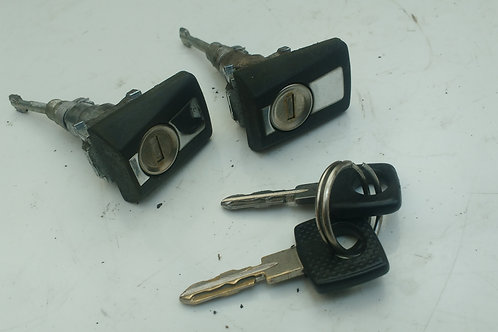 MERCEDES W124 DOOR LOCKS WITH KEYS