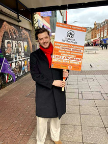 Aston Campaigning With Fossetts For The People In Southend High Street