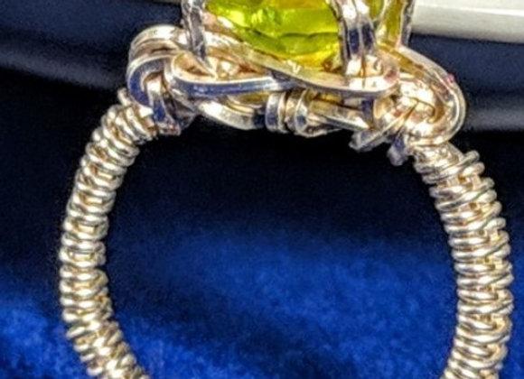 Silver Peridot Ring - size 4