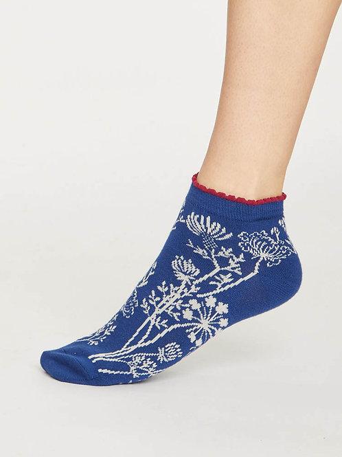 Sneaker Socken blau Blumen Thought nachhaltig fair ethisch Bambus