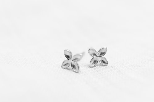 Floret Stud Earrings - Silber