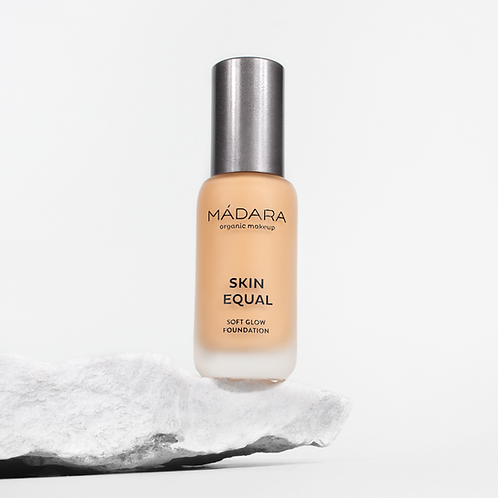 Madara Skin Equal Foundation Sand