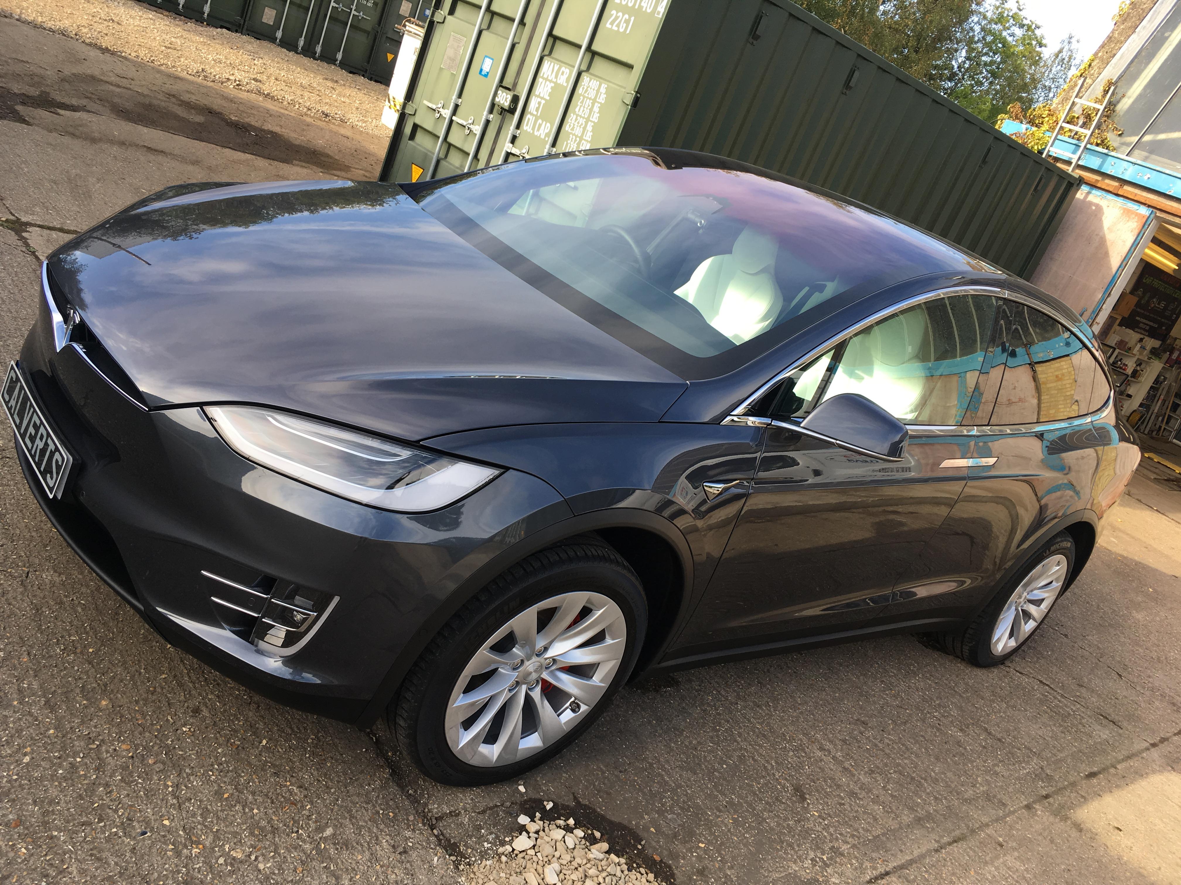 Tesla Model X Midnight Silver