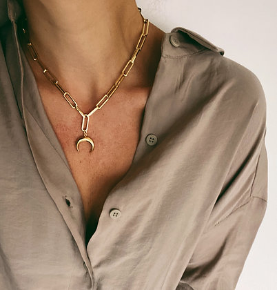 Gold Short Chunky Chain & Moon Necklace