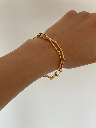 Gold Chunky Chain Bracelet