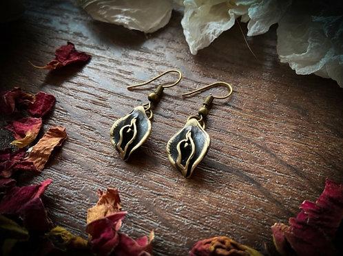 Bronze Yoni Earrings