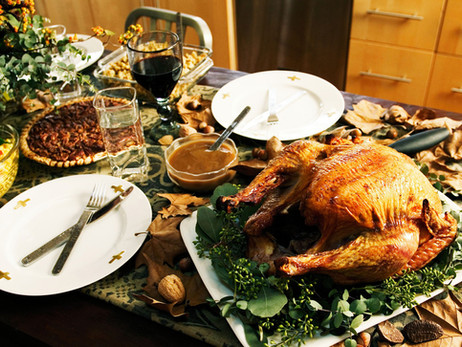 Do Plump Turkeys and Jolly Ol' Saint Nick Cause Weight Gain Worries?