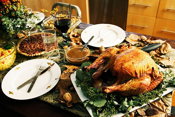 Ten Thanksgiving Traditions that you Should Definitely Try this year!