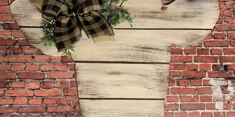 Rustic Plank Style Cow