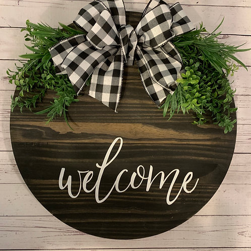 Wooden stained circle Welcome