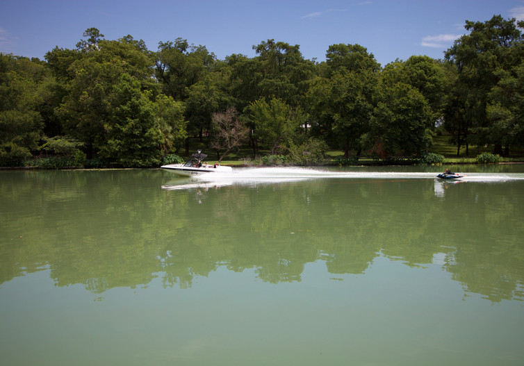 ski boat 2.jpg