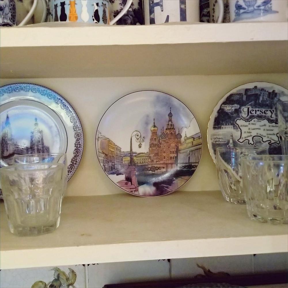 """<img src=""""st_petersburg_tours.png"""" alt=""""russian_souvenir_russian_porcelain"""">"""