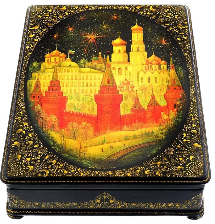 "<img src=""russian_art.png"" alt=""russian_souvenir_lacquer_box"">"