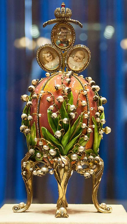 """<img src=""""st_petersburg_tours_faberge_museum.png"""" alt=""""st_petersburg_tours_faberge_museum_lilies_of_the_valley_egg"""">"""