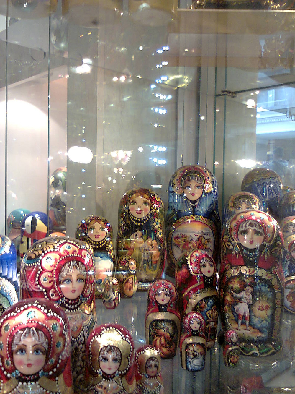 "<img src=""st_petersburg_tours.png"" alt=""russian_souvenir_matryoshka"">"