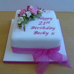 cake_birthdayflowerspray.jpg