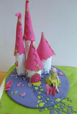 cake_brightfairycastle.jpg