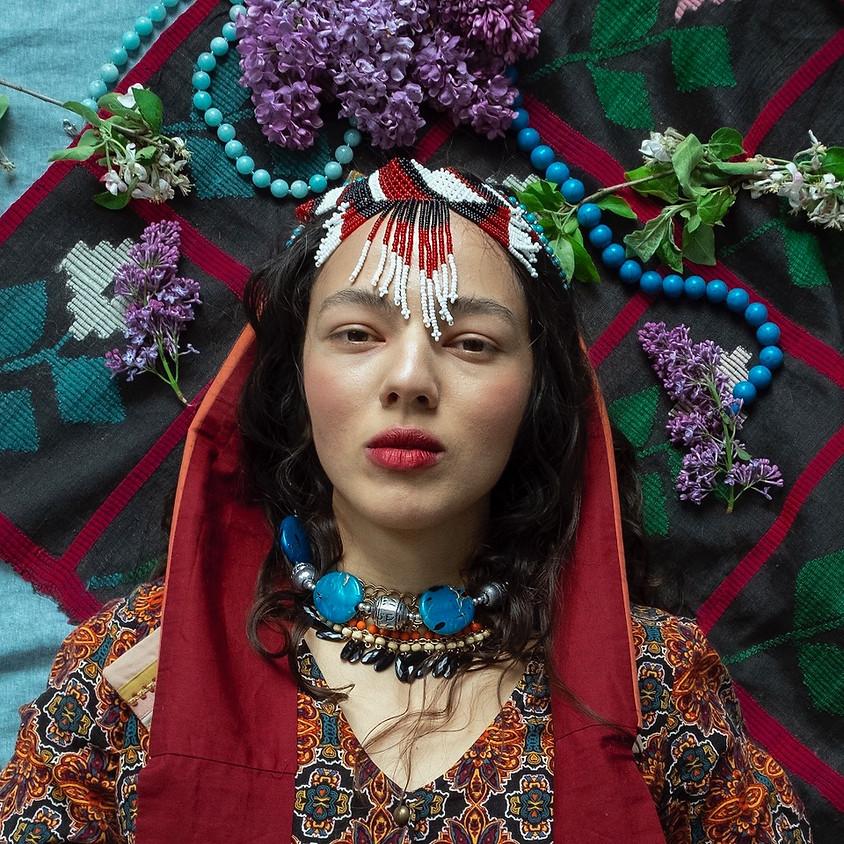Traditionelle Frühlingslieder aus Belarus mit Veranika & Valeria