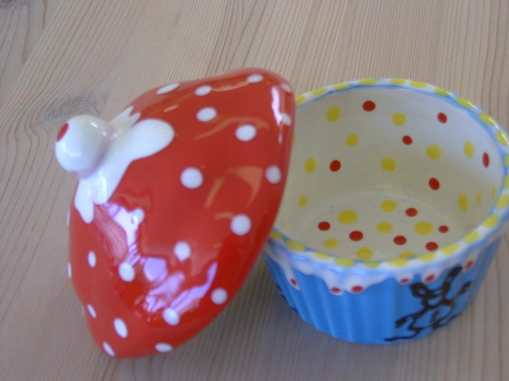 inside bruna hauert's cup cake