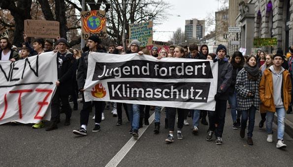 Klimastreik_Schweiz_Schulen_reagieren_59