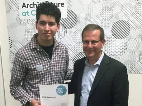 UIC Student Carlos Iñigo Receives 2016 Susan Nealy Scholarship