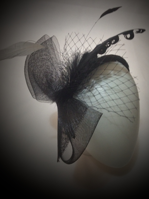 Fascinator Suspense