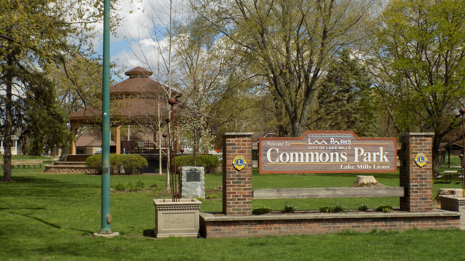 commons park and banstand.jpg
