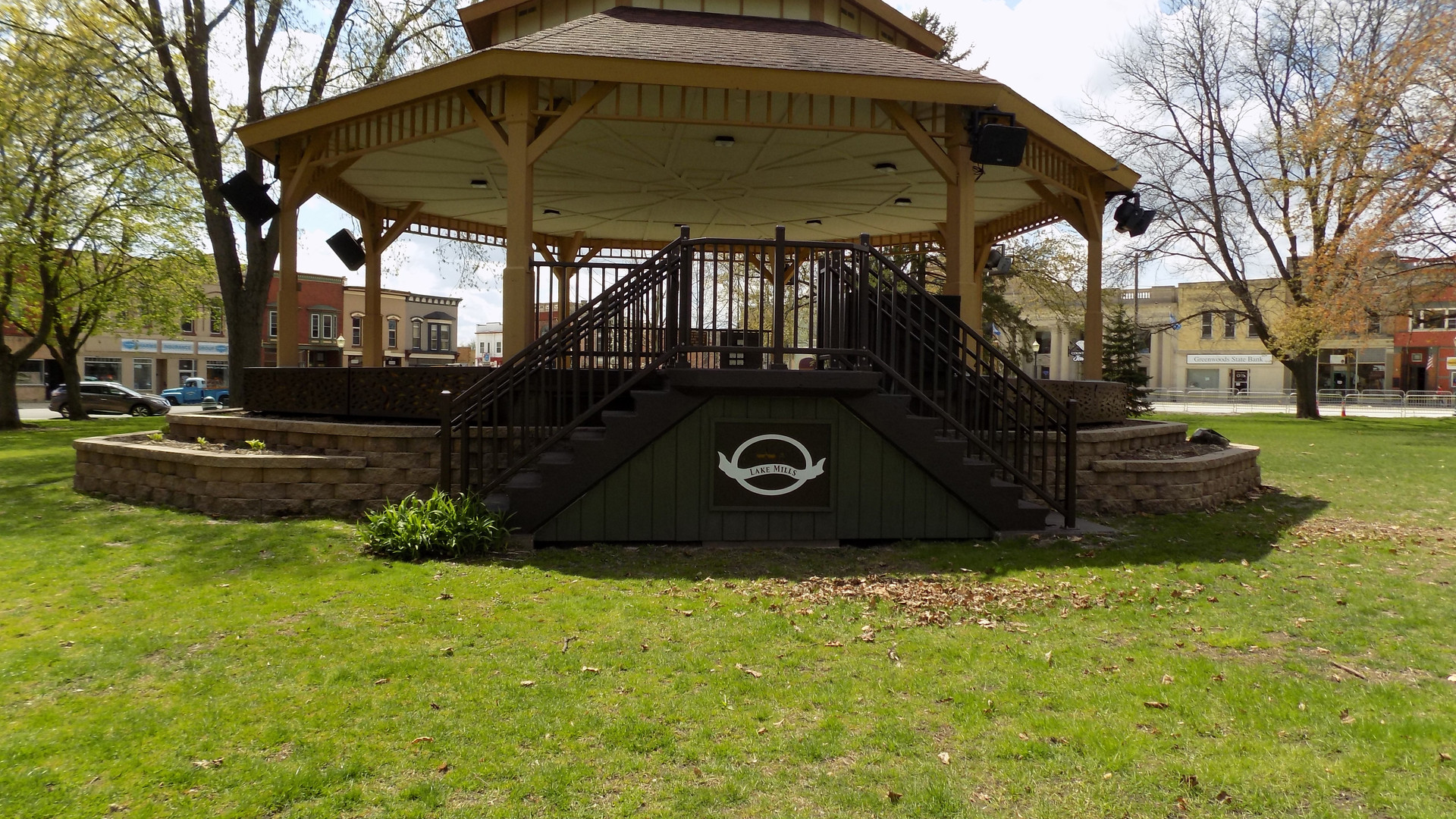 Downtown bandstand from stairs.jpg