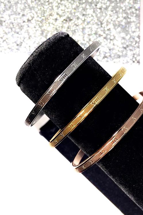 Thin Roman Numeral Bracelet