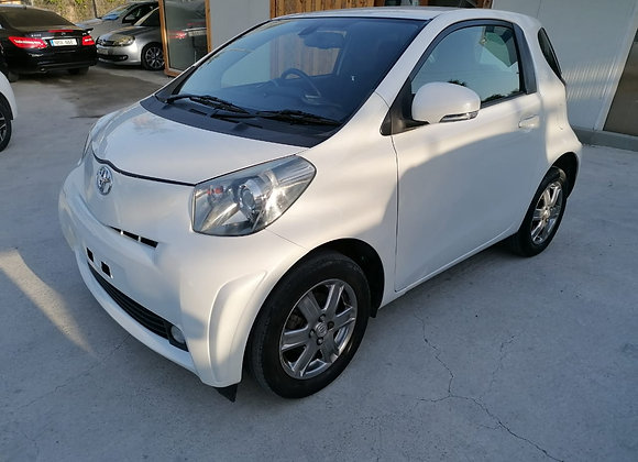 Toyota IQ in excellent condition