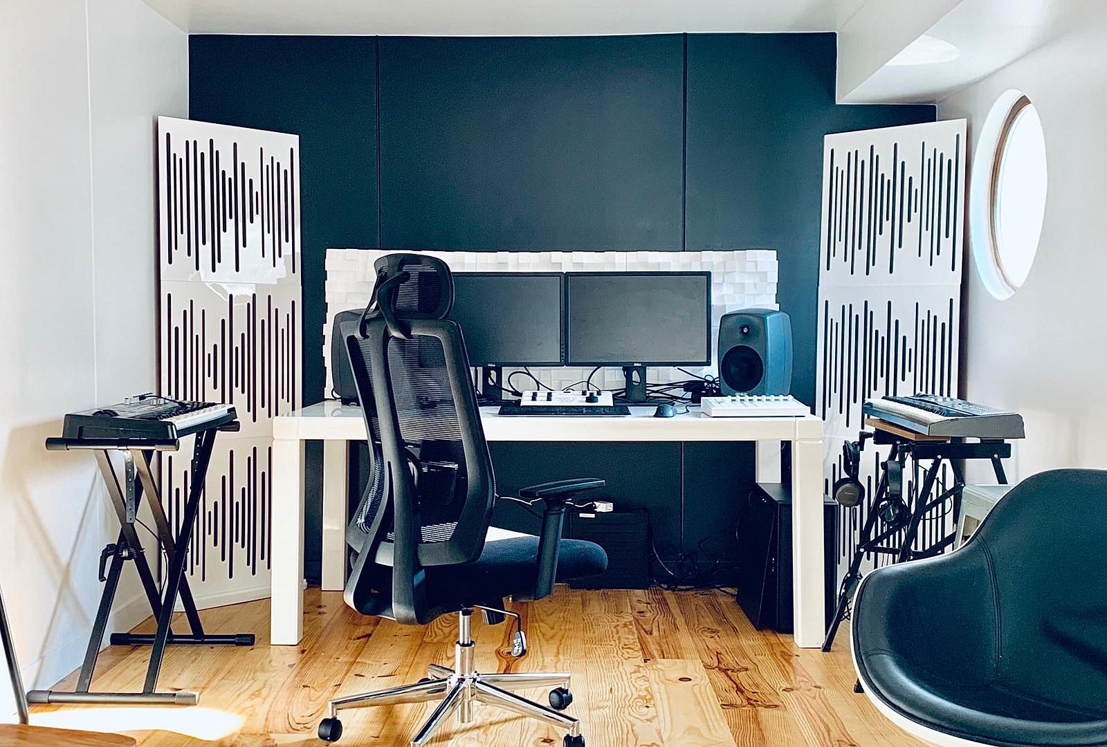 Studio Son.JPG